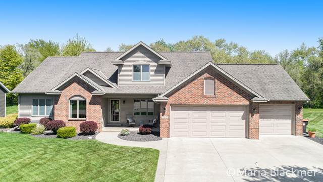 902 E Bluff Court, Zeeland, MI 49464 (MLS #21017160) :: Your Kzoo Agents