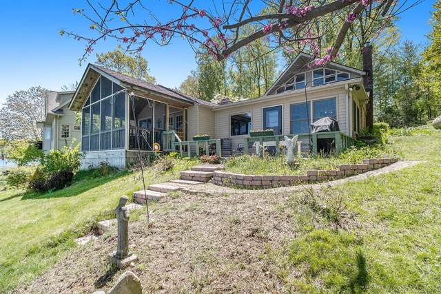 11568 Middle Road, Three Rivers, MI 49093 (MLS #21017226) :: JH Realty Partners