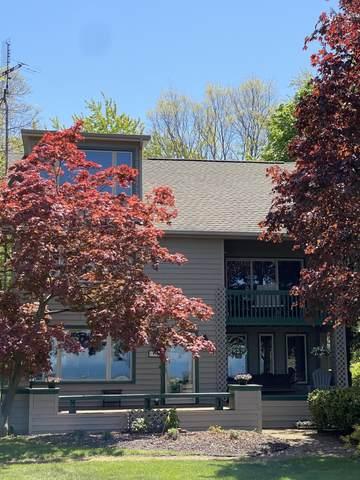 2515 Old Lakeshore Road, St. Joseph, MI 49085 (MLS #21017272) :: CENTURY 21 C. Howard