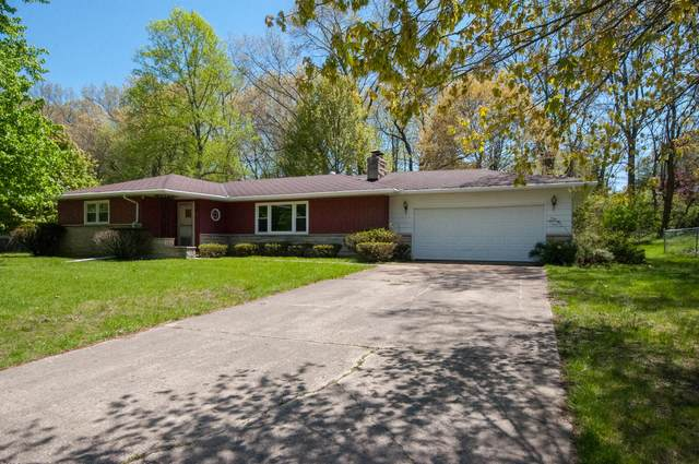 62 Hickory Nut Lane, Springfield, MI 49037 (MLS #21017331) :: Your Kzoo Agents