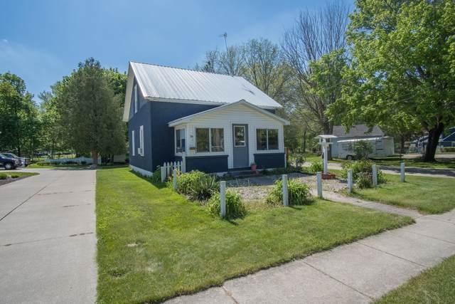 221 1st Street, Lakeview, MI 48850 (MLS #21017965) :: Ginger Baxter Group