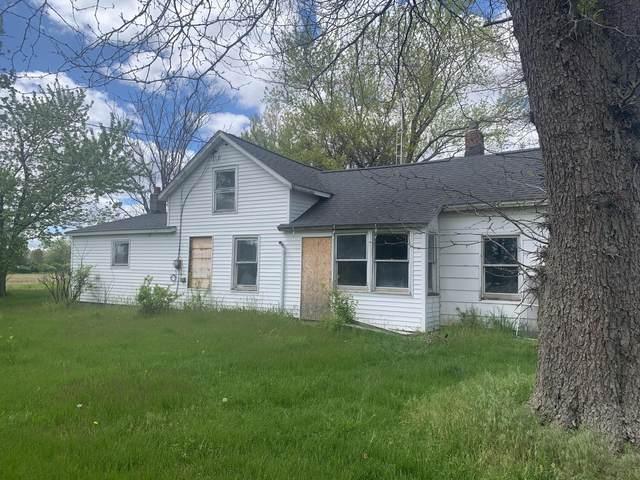 422 Mill Street, Bronson, MI 49028 (MLS #21019032) :: BlueWest Properties