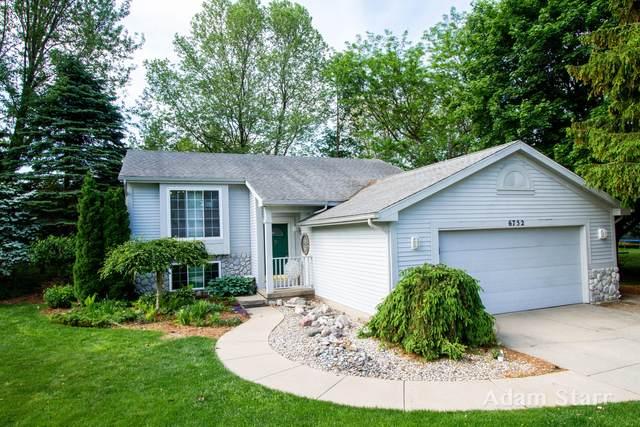 6752 Gran Via Drive NE, Rockford, MI 49341 (MLS #21019218) :: BlueWest Properties