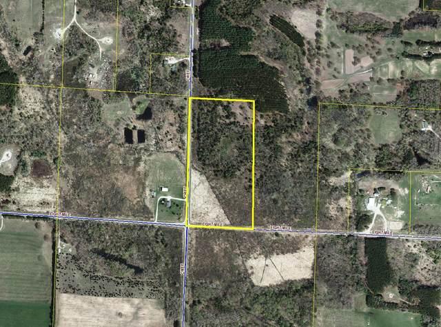 8113 Chief Road, Bear Lake, MI 49614 (MLS #21019321) :: JH Realty Partners