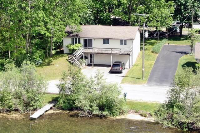 7634 W Royal, Canadian Lakes, MI 49346 (MLS #21019468) :: JH Realty Partners