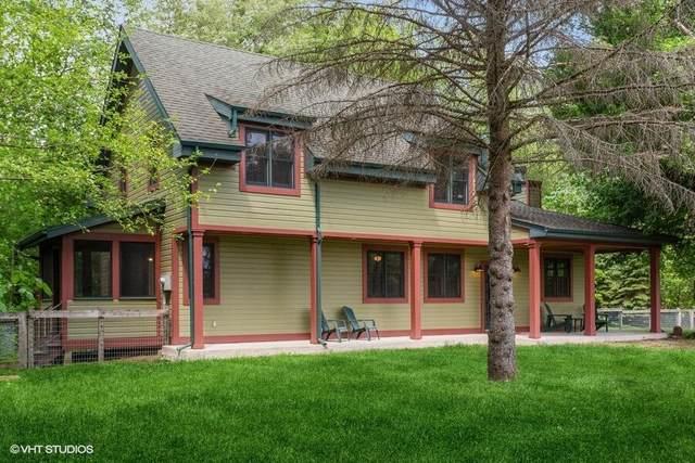 16434 S Basswood Road, Three Oaks, MI 49128 (MLS #21019626) :: JH Realty Partners