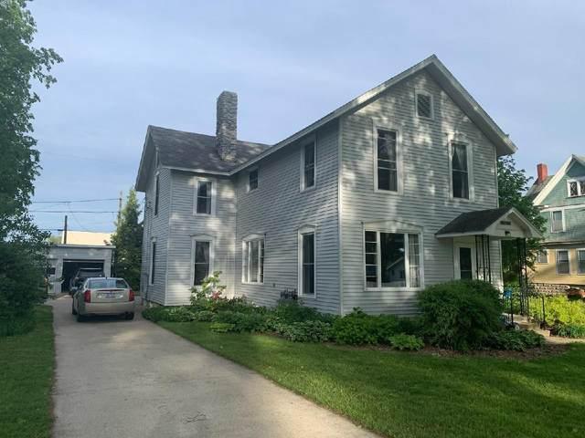 520 N Main Street, Evart, MI 49631 (MLS #21019859) :: BlueWest Properties