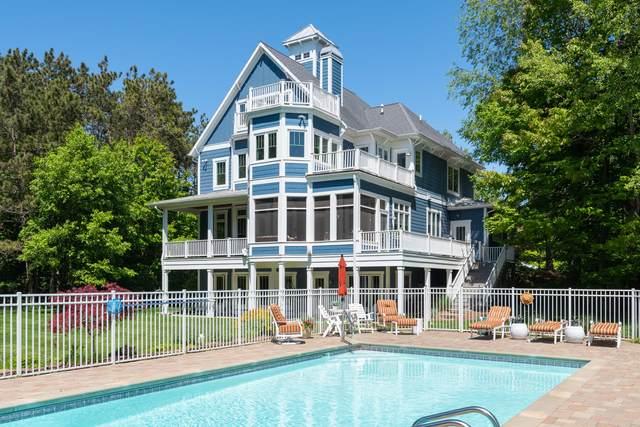 17300 Beachview Drive, West Olive, MI 49460 (MLS #21020065) :: JH Realty Partners