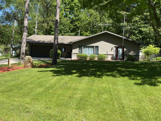 3417 Lakeshore Rd. Road, Manistee, MI 49660 (MLS #21020142) :: Ginger Baxter Group