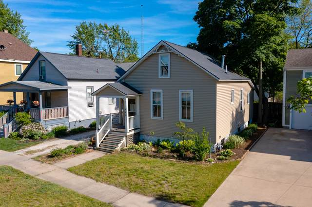 446 Slayton Avenue, Grand Haven, MI 49417 (MLS #21020543) :: BlueWest Properties