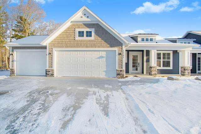 15077 Kingfisher Way Way #03, Grand Haven, MI 49417 (MLS #21020660) :: BlueWest Properties