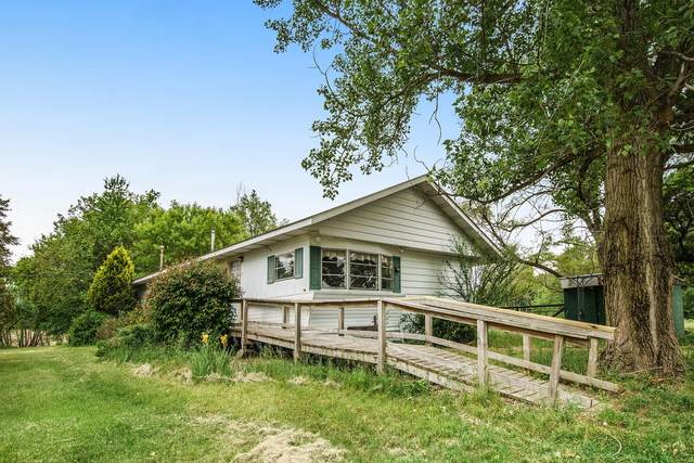 32969 6th Avenue, Gobles, MI 49055 (MLS #21020670) :: Sold by Stevo Team   @Home Realty