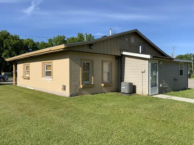 10630 Dwight Street, Chippewa Lake, MI 49320 (MLS #21021493) :: Deb Stevenson Group - Greenridge Realty
