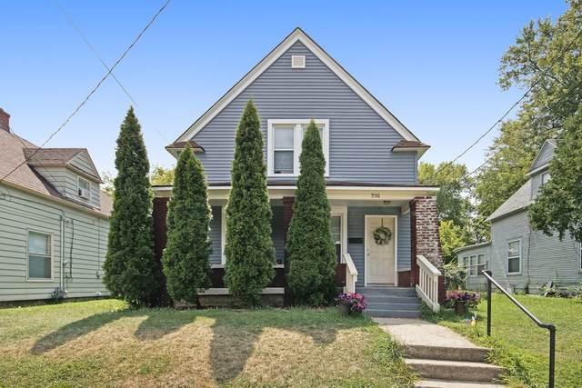 936 Oakdale Street SE, Grand Rapids, MI 49507 (MLS #21021745) :: BlueWest Properties