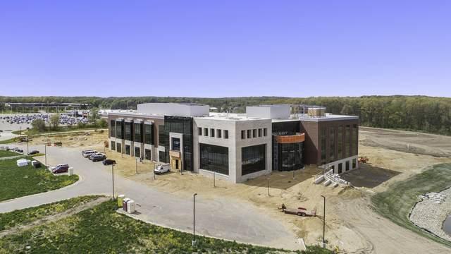 6400 W Main Street A, B & C, Kalamazoo, MI 49009 (MLS #21021813) :: CENTURY 21 C. Howard