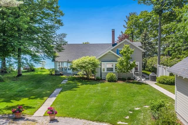 3377 N Scenic Drive, Muskegon, MI 49445 (MLS #21021890) :: BlueWest Properties