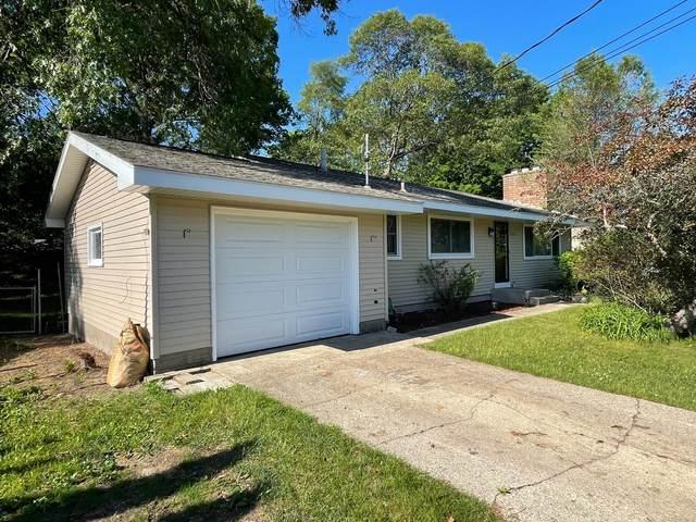 1855 Castle Avenue, Norton Shores, MI 49441 (MLS #21021981) :: JH Realty Partners