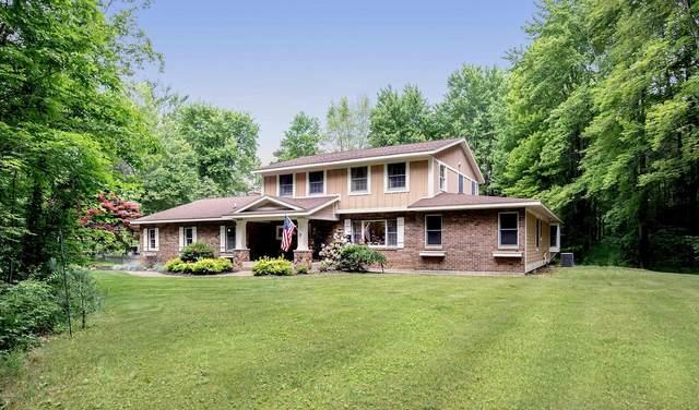 3972 E Mount Garfield Road, Fruitport, MI 49415 (MLS #21021982) :: BlueWest Properties