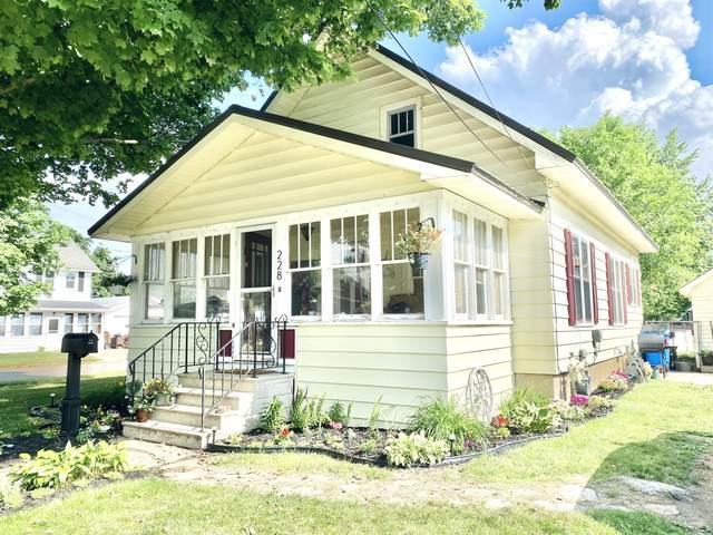 228 E Corey Street, Bronson, MI 49028 (MLS #21022039) :: BlueWest Properties