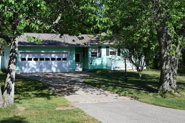 15370 Apple Street, Grand Haven, MI 49417 (MLS #21022072) :: JH Realty Partners