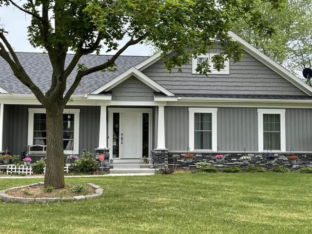 2224 Boxwood Lane, Lansing, MI 48917 (MLS #21022204) :: BlueWest Properties