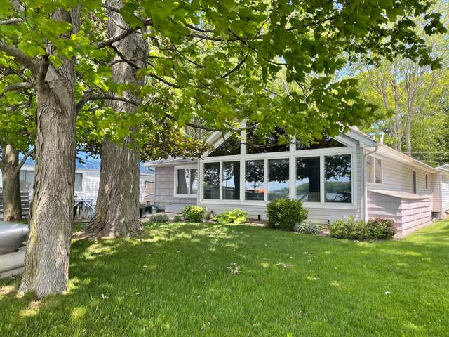 758 Waterfront Drive, Coldwater, MI 49036 (MLS #21022205) :: Ginger Baxter Group