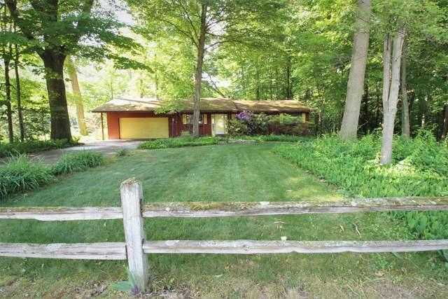 77051 Winding Creek Circle, South Haven, MI 49090 (MLS #21022228) :: JH Realty Partners