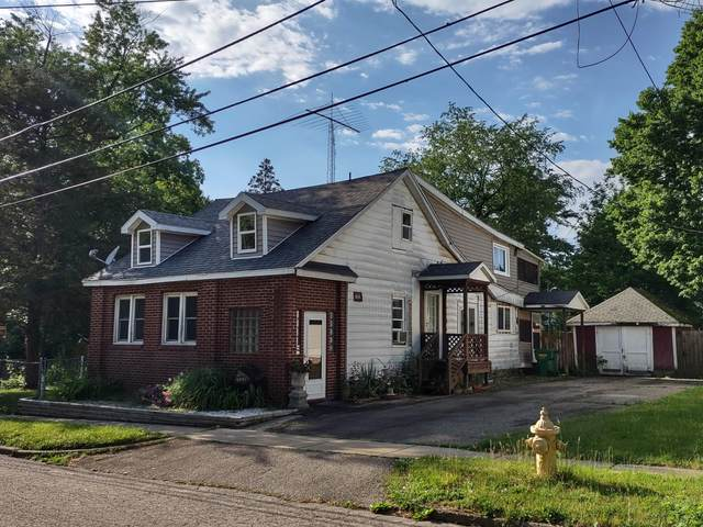 703 Maple Street, Niles, MI 49120 (MLS #21022244) :: Ginger Baxter Group