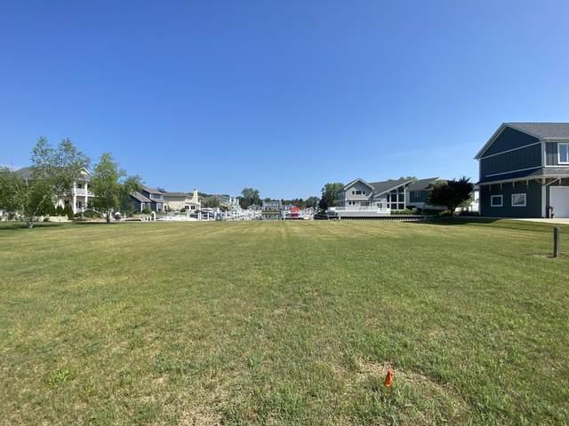 2525 Bay Pointe Drive, St. Joseph, MI 49085 (MLS #21022300) :: CENTURY 21 C. Howard