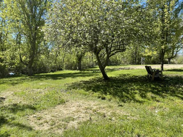 2175 S Blue Creek Road, Benton Harbor, MI 49022 (MLS #21022598) :: Ginger Baxter Group