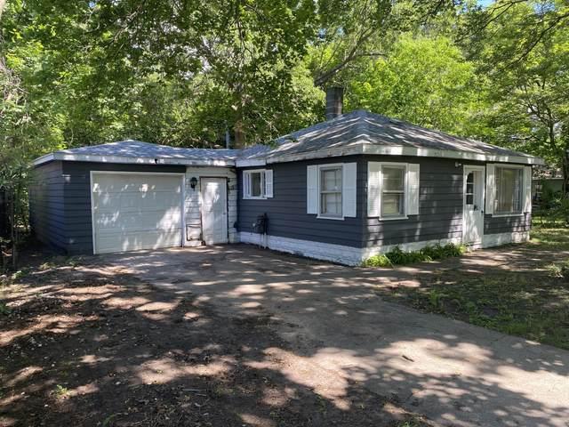 2674 Huizenga Street, Norton Shores, MI 49444 (MLS #21022681) :: Ginger Baxter Group