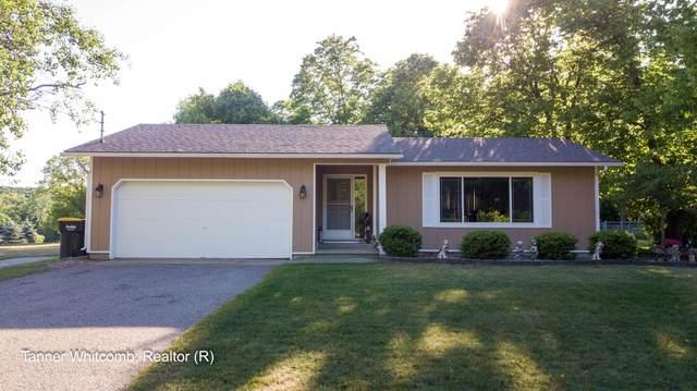 167 Summit Avenue NE, Rockford, MI 49341 (MLS #21022977) :: Ginger Baxter Group