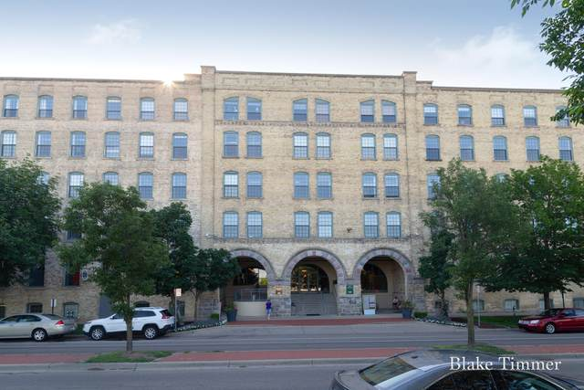 940 NW Monroe Avenue #422, Grand Rapids, MI 49503 (MLS #21023057) :: BlueWest Properties