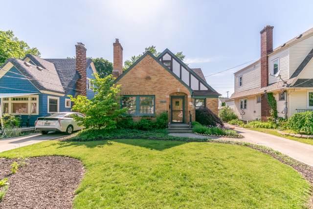 2105 Paris Avenue SE, Grand Rapids, MI 49507 (MLS #21023091) :: BlueWest Properties