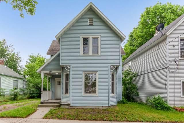 360 SW Hogadone Avenue SW, Grand Rapids, MI 49504 (MLS #21023105) :: BlueWest Properties