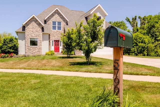 5799 Hayden Court, Stevensville, MI 49127 (MLS #21023119) :: CENTURY 21 C. Howard