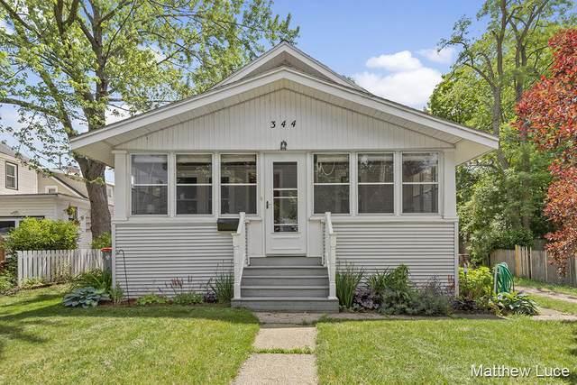 344 Graceland Street NE, Grand Rapids, MI 49505 (MLS #21023160) :: BlueWest Properties