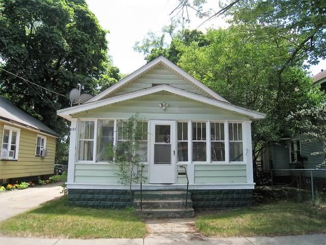751 Allen Avenue, Muskegon, MI 49442 (MLS #21023245) :: CENTURY 21 C. Howard
