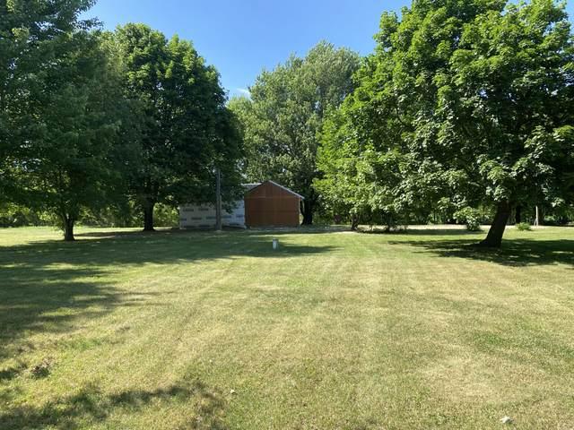 2760 W County Farm Road, Sheridan, MI 48884 (MLS #21023412) :: BlueWest Properties