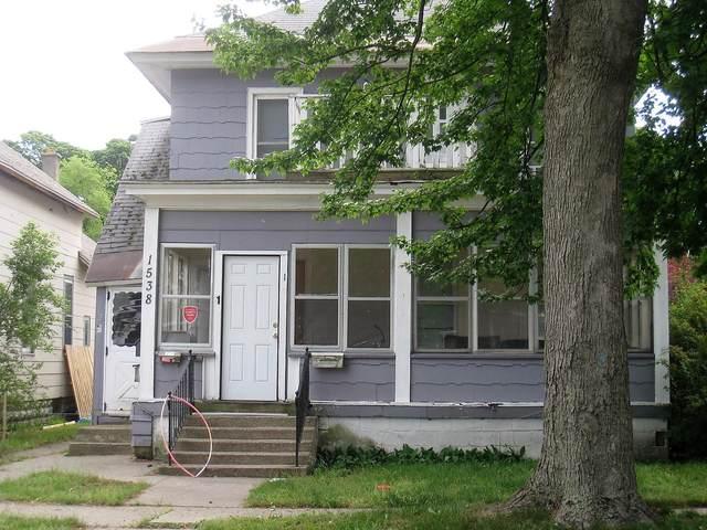 1538 Hoyt Street, Muskegon, MI 49442 (MLS #21023421) :: CENTURY 21 C. Howard