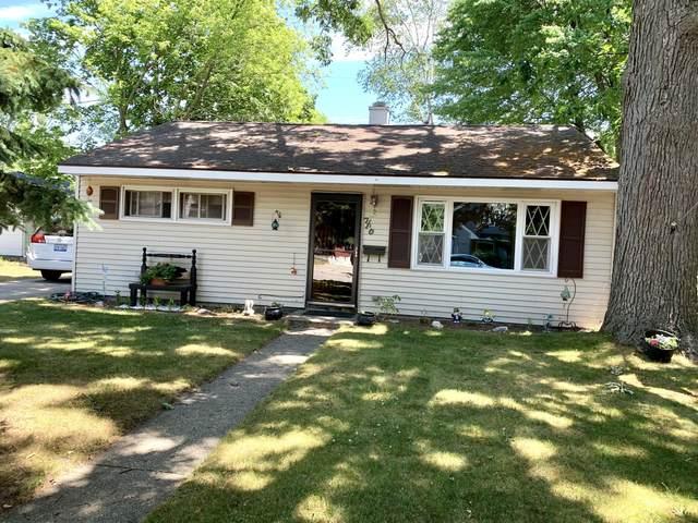710 N Rowe Street, Ludington, MI 49431 (MLS #21023453) :: CENTURY 21 C. Howard