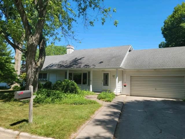 23 Warren Avenue, Hillsdale, MI 49242 (MLS #21023480) :: CENTURY 21 C. Howard