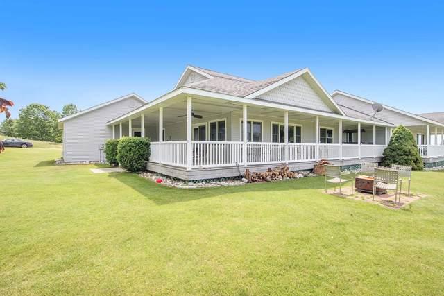 3533 S Golf View Drive #5, Shelby, MI 49455 (MLS #21023555) :: Ron Ekema Team