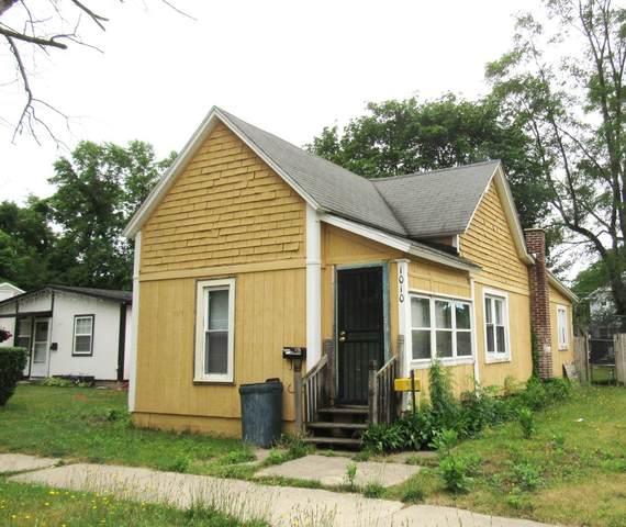 1010 Bishop Avenue, Benton Harbor, MI 49022 (MLS #21023736) :: CENTURY 21 C. Howard