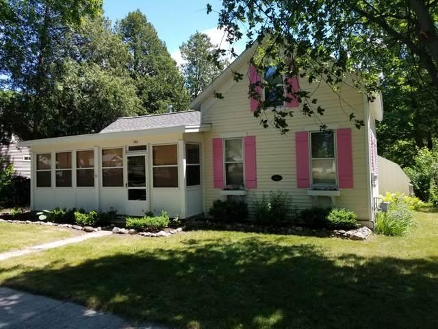 340 S Rush Street, Pentwater, MI 49449 (MLS #21023880) :: BlueWest Properties