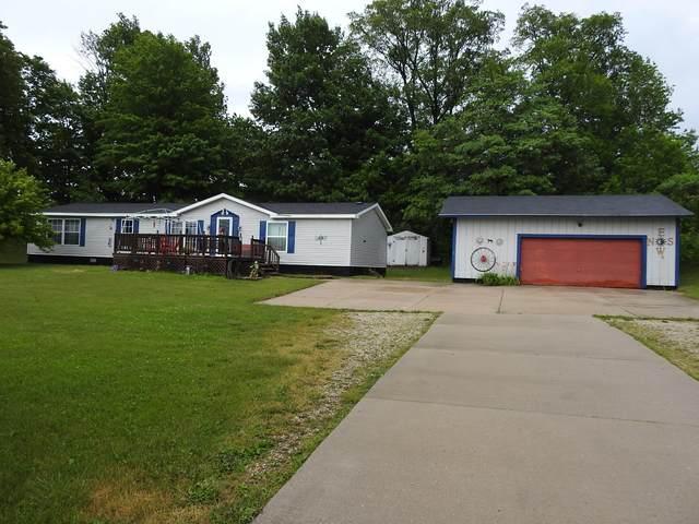 2404 N 144th Avenue, Hart, MI 49420 (MLS #21024532) :: Deb Stevenson Group - Greenridge Realty