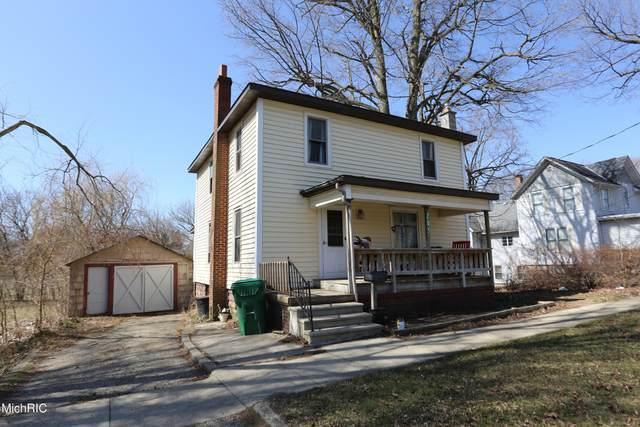 205 S Lincoln Avenue, Three Rivers, MI 49093 (MLS #21024567) :: BlueWest Properties