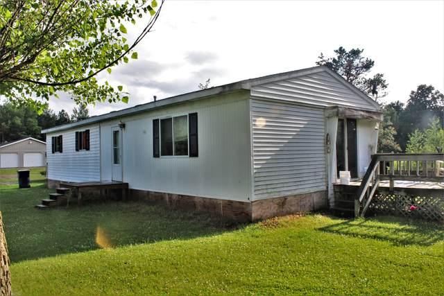 8393 N Vickeryville Road, Vestaburg, MI 48891 (MLS #21025664) :: Ron Ekema Team