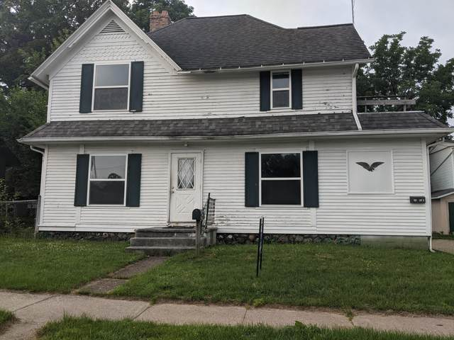 410 E Michigan Avenue, Paw Paw, MI 49079 (MLS #21025703) :: BlueWest Properties