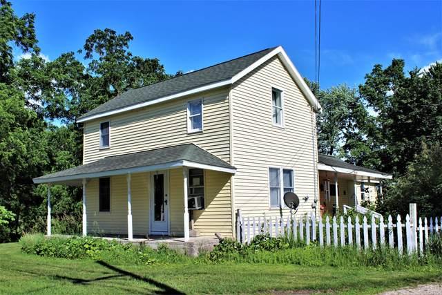 506 N Lincoln Avenue, Lakeview, MI 48850 (MLS #21025711) :: Deb Stevenson Group - Greenridge Realty